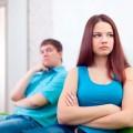 mulher zangada com homem